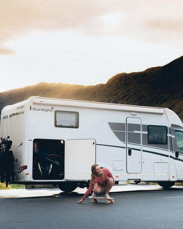 Laura Saarinen matkusti ekologisemmin Norjaan valitsemalla lentämisen sijaan matkailuauton.