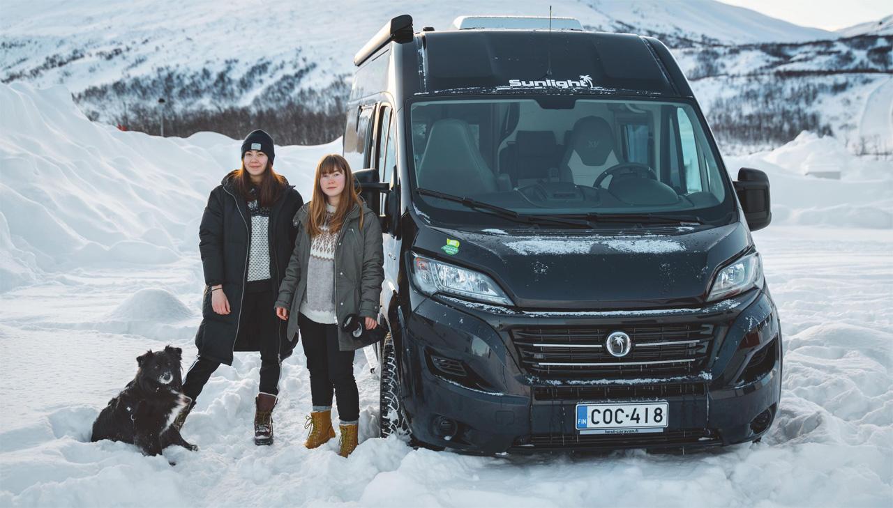 Talvi matkailuautossa onnistuu talvikäyttöisellä matkakodilla.