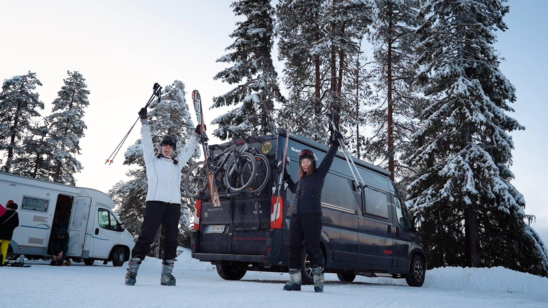 Talvimatkailusta nauttiminen onnistuu matkailuautolla!